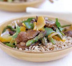 Beef, vegetable and orange stir-fry - Healthy Food Guide Autoimmune Diet, Healthy Recipes, Healthy Food, Meal Planner, Stir Fry, Fries, Meals, Dinners, Vegetarian