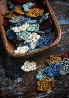 crocheted flowers | namolio on flickr