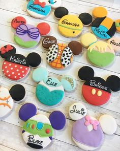 Fancy Cookies, Iced Cookies, Cute Cookies, Royal Icing Cookies, Cupcake Cookies, Sugar Cookies, Cookies Et Biscuits, Cookie Icing, Minni Mouse Cake
