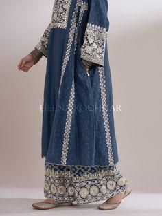 Indian Designer Suits, Indian Fashion Designers, Trendy Outfits, Fashion Outfits, Hijab Fashion, Women's Fashion, Afghani Clothes, Fashion Design Books, Pakistani Couture