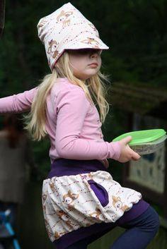 Sommermützen FREEBOOK: Lybstes Beanie mit Schirm! - Lybstes. Winter Hats, Style, Fashion, Summer Kids, Sewing For Kids, Bags, Swag, Moda, Fashion Styles