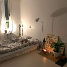 Bedroom Ideas - Positively marvelous and breathtaking room decor inspirations. For added effortless cozy bedroom decorating ideas information , why not visit the link to read the article idea 7835579394 right now Stylish Bedroom, Cozy Bedroom, Bedroom Decor, Bedroom Ideas, Night Bedroom, Bedroom Plants, Bedroom Designs, Dream Rooms, Dream Bedroom