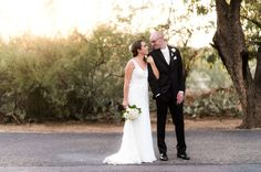 Leslie + Brent's Elegant Desert Wedding » Phoenix Arizona Wedding Photographer