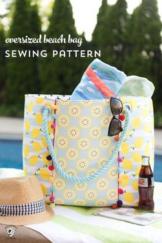 Learn how to sew a cute oversized pool bag with this Oversized Beach Bag  Sewing Pattern · Patrones De Costura De BolsasTutoriales ... aafcbdc400bd