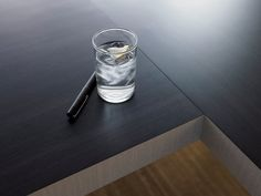 8848 Blackened Legno, 8825 Platinum Drops | Formica® 8848 Bl… | Flickr