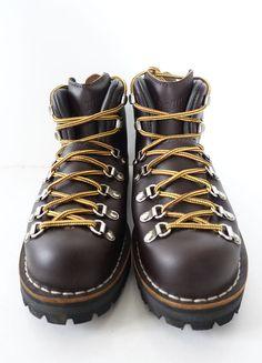 DANNER USA Men Mountain Light Outdoor Artist Designer Style Trek Hiking Boots 7 #DANNER #MountainLightGoreTexBoots