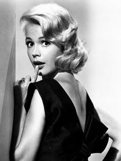 Sandra Dee...luved her in Tammy movies!