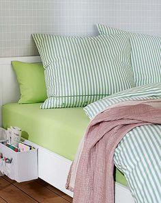 Odkryj to właśnie w Tchibo. Kawa, dom i mieszkanie, sport. Comforters, Blanket, House, Furniture, Bedroom Ideas, Home Decor, Design, Indoor, Homes