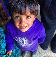 Kamel è un bambino #siriano fuggito nella valle della #Bekaa, l'area con il maggior numero di rifugiati in tutto il #Libano.  È uno dei tantissimi bambini che non possono andare a scuola.  L' UNHCR lavora per supportare le scuole pubbliche libanesi e dare così la possibilità di studiare a più bambini possibili.