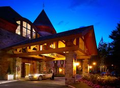 Hôtel Quintessence is Tremblant's preeminent boutique hotel, offering unparalleled beauty, comfort, luxury and service in the heart of the Laurentians. Main Entrance, Luxury Travel, Chill, Pergola, Relax, Outdoor Structures, Cabin, Mansions, House Styles