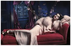 I love you, Crystal Renn. We can fight the haters together. Crystal Renn by Mark Seliger for Vogue Spain Hollywood Stars, Old Hollywood Style, Old Hollywood Glamour, Vintage Hollywood, Hollywood Hair, Crystal Renn, Glamour Shoot, Mode Glamour, Jacques Fath