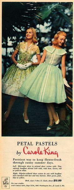 Lady in Green - petal pastels by carole king 1960 Moda Vintage, Moda Retro, Fashion Moda, 1960s Fashion, Vintage Fashion, Vestidos Vintage, Vintage Dresses, Vintage Outfits, 1950s Dresses