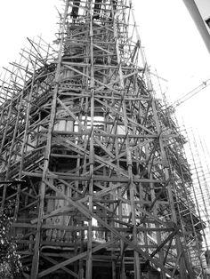 so werden Gerüste in Havanna gebaut! Havanna, Tower, Black And White, Building, Travel, Monochrome, Pictures, Black White, Voyage