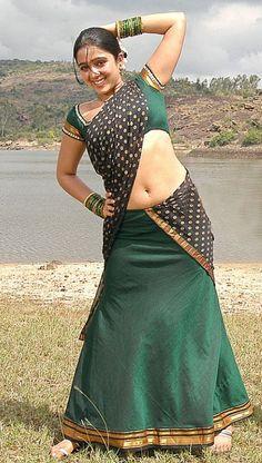 Telugu Actress Charmi Kaur Hot Photos - Found Pix