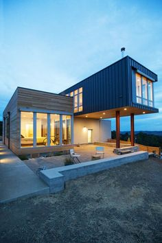 Cloverdale by Chris Pardo Design: Elemental Architecture Building A Container Home, Container House Design, Prefab Container Homes, Shiping Container Homes, Container Buildings, Stommel Haus, Method Homes, Modern Modular Homes, Prefab Modular Homes