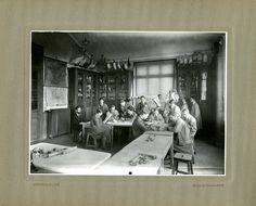 Grignon, Laboratoire de zoologie, photographie ancienne, vers 1925 /  ©Musée du Vivant - AgroParisTech