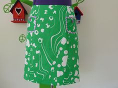 .      Miss Every Day a Green Day (Size M/L / 40) Skirt