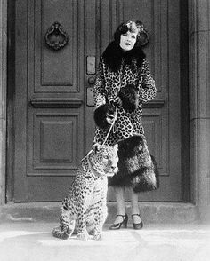 0 Bebe Daniels and leopard