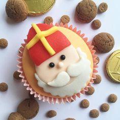 Sugar, Cookies, School, Desserts, Instagram, Crack Crackers, Tailgate Desserts, Deserts, Biscuits