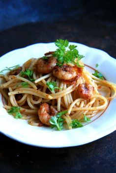 Spaghetti with prawns & rocket salad a la Jamie Oliver Here's how you make it. Recipe for both babies and adults.