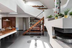 Ce duplex de 180 m² situé à Milan, a été restructuré par Architrek, un cabinet d'architecture italien #appartement #architecture #design #deco