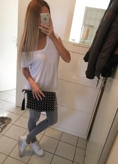 Kaufe meinen Artikel bei #Kleiderkreisel http://www.kleiderkreisel.de/damentaschen/clutches/141365017-clutch-handtasche-schulter-tasche-bag-nieten-blogger-zara-gold