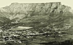 Cape Town 1877 and even then it was only an hour from Franschhoek home of La Clé des Montagnes - 4 luxurious villas on a working wine farm Old Pictures, Old Photos, Cape Town South Africa, Table Mountain, Rest Of The World, Live, Beautiful Places, Scenery, Places To Visit