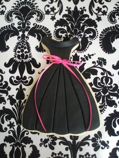 Google Image Result for http://kitchensimplicity.com/wp-content/uploads/2010/03/Little-Black-Dress-Cookie.jpg