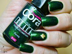 Shimmer Green Studs Nails: http://adegadeesmaltes.blogspot.com.br/2014/09/paraty-cora.html