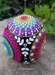 Image of Egg-shaped Mandala painted stone 2 Dot Art Painting, Rock Painting Designs, Mandala Painting, Pebble Painting, Pebble Art, Mandala Art, Stone Painting, Mandala Painted Rocks, Painted Rocks Craft