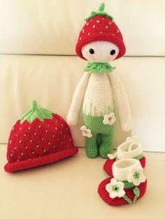 strawberry mod made by Sylvia / based on a lalylala crochet pattern