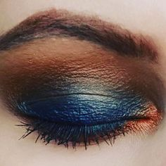 Burnt orange and blue smokey eye @morphe 35R & @sleek are a match made in heaven! @benefit brows are a must obvs!  #Regram via @lazygirllloves