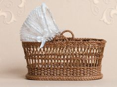 WC/009, wicker, travel cot, scale 1 : 12, made by Will Werson.