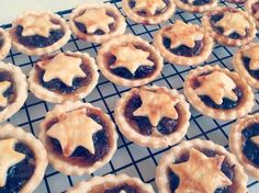 The best Mince Pies are of the homemade, uneven, booze - soaked variety.