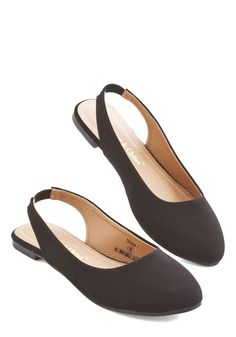 3b261a69361 Go-To Glamour Flat in Black. Day in and day out