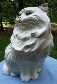 "Vintage Persian Cat Feline Large Figurine Ceramic Glazed 15"" oh I had this  | Персидские кошки, Кошки, Керамика"