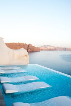 Vacation Cava Oia at Santorini Vacation Places, Dream Vacations, Vacation Spots, Places To Travel, Travel Destinations, Places To Visit, Mexico Destinations, Romantic Vacations, Italy Vacation
