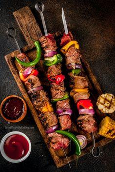 Shish Kabab Recipe, Shish Kebab, Marinated Steak Kabobs, Beef Kabobs, Steak Skewers, Beef Kabob Recipes, Barbecue Recipes, Vegetable Kebabs, Kebabs On The Grill