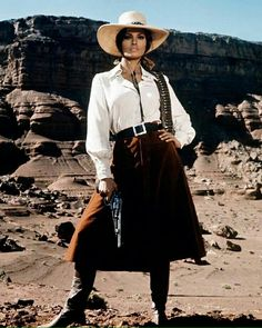 Rachel Welch in Bandolero (1968)