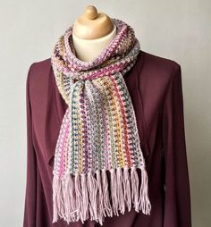 """FREE pattern (English & Dutch) of the """"Lisette's LANG Scarf"""", via maRRose - Colorful Crochet & Crafts"""