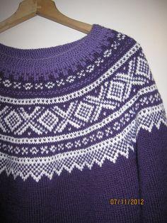 MITT KREATIVE HJØRNE: november 2012 Old And New, Crochet Top, Knitting Patterns, November, Norway, Knits, Sweaters, Inspiration, Island