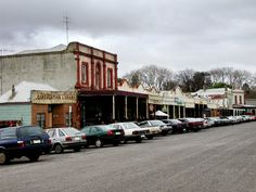 Melbourne Fresh Daily: CLUNES, VICTORIA