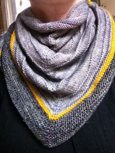 Boneyard shawl in yellow and grey: you WILL be mine! Ordered madtosh in candlewick yellow :)