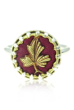 Maple leaf ring, from Harvey and Quinn, silver