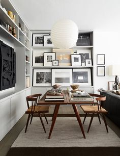 Small Dining Room Design Ideas Apartment Therapy - home design Black Interior Design, Home Interior, Contemporary Interior, Interior Paint, Contemporary Style, White Apartment, Apartment Living, Design Apartment, Apartment Therapy