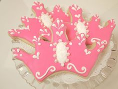 princess tiara cookies.