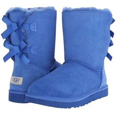 Pre-owned Ugg Australia Bailey Bow Blue Boots ($190) ❤ liked on Polyvore featuring shoes, boots, blue, ugg australia, blue shoes, ugg® australia shoes, fur lined shoes and fur boots