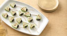 Enjoy this creamy appetizer made in creative tree shape - perfect for Christmas. Pinwheel Appetizers, Cheese Appetizers, Holiday Appetizers, Appetizers For Party, Appetizer Recipes, Christmas Tree Food, Christmas Baking, Christmas Recipes, Christmas Parties
