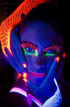 Neon fancy under black light, it´s funny!!