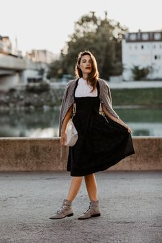 Nina is rocking her Dirndl look. Which one is your favourite bamboo bag? Do you prefer the arch style ones or the round ones? We have got you covered with all sorts of shapes Oktoberfest Outfit, Givenchy Boots, Dirndl Dress, Blue Apron, Influencer, Different Fabrics, Traditional Outfits, Gorgeous Women, Dark Blue